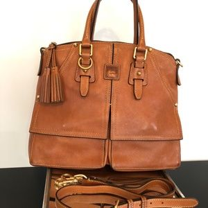 Dooney and Bourke Florentine Clayton